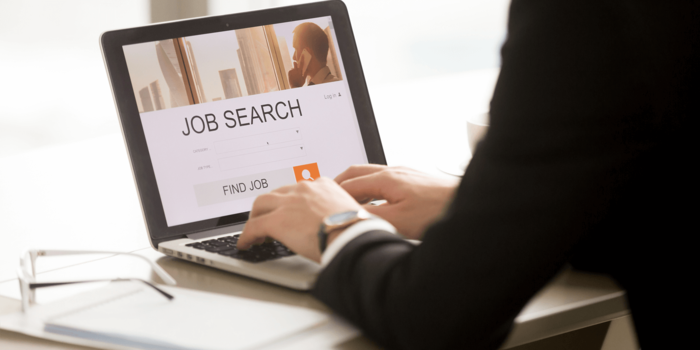 Reignite your job search before the holiday season