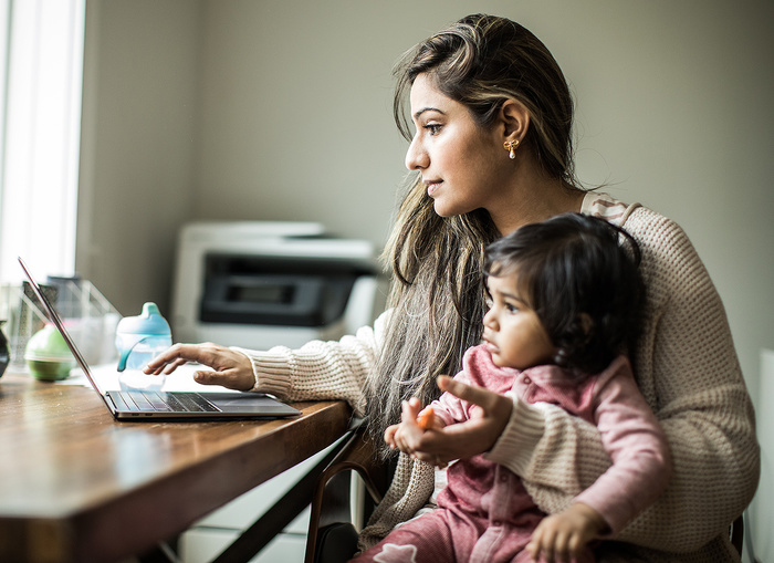 Mothers Are Regaining Jobs