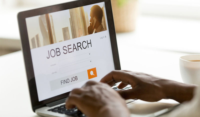 How to Use Tech to Enhance Your Job Search