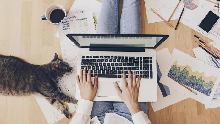 3 tips to land a work-from-home job right now